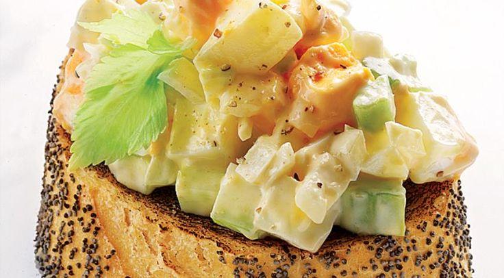 Классичоеский яичный салат