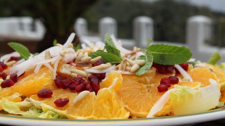 Appelsinsalat med granateplekjerner