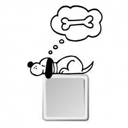 perro durmiendo enchufe