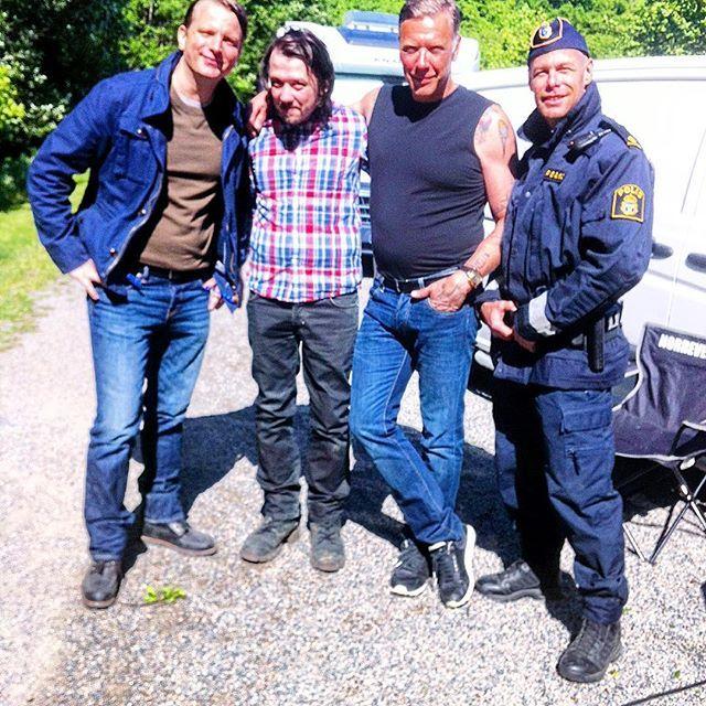 Swedish Movie with @mikaelpersbrandtofficial @nathanaelson #beck #sweden #SwedishBo #behindthescenes #follow4follow #film #modeling #hunklife #hunk #hunks #hyrenhunk #toplessservitör #krokimodell #star #instagram #instadaily #inspiration #actor #acting #svenskfilm #police #polis #sunday #sundayfunday #svt #mikaelpersbrandt #månsnathanaelson #skådespelare #statist #extra