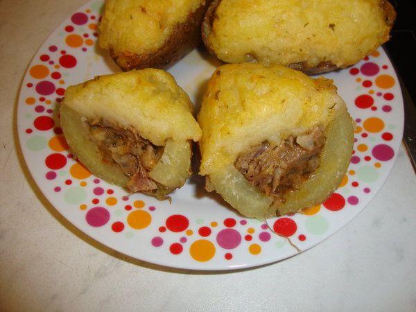 Tocanita pitita in cartofi - Bucataria cu noroc