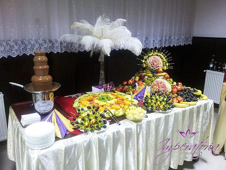Fantana de ciocolata si masa de fructe www.imperatoria.ro