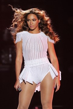 Beyonce's Mrs Carter Show tour costumes