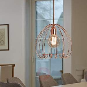The lampshade of the metal Cage hanging light looks like a cage with a stylish copper finish. The light look especially attractive when used with a decorative traditional light bulb or a globe lamp. The light is ideal for above tables in the dining room or living room; and can also be positioned in the hallway to make a statement.