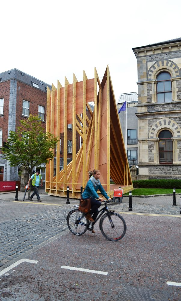 Gallery of NósWorkshop Designs Temporary Stage for Fleadh Cheoil Irish Music Festival - 7