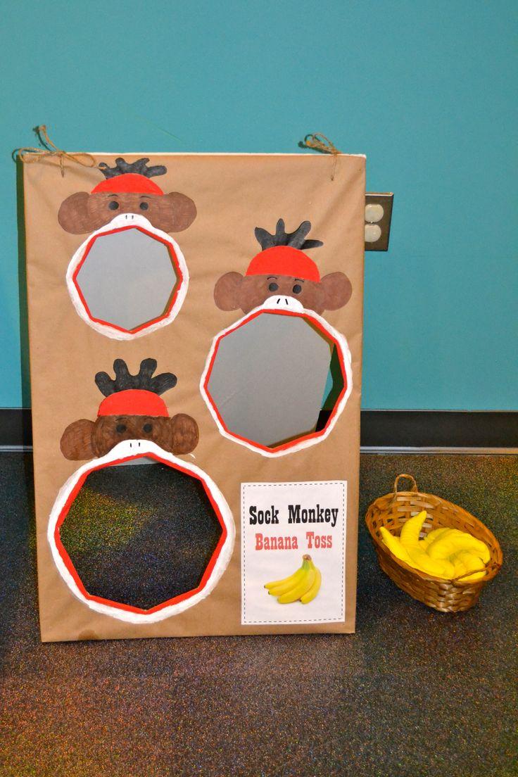 Sock Monkey Party: Banana bean bag toss