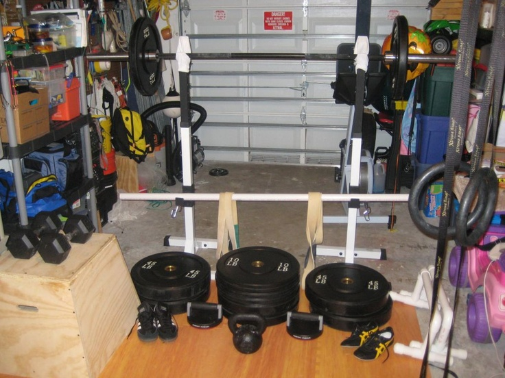 Too cluttered will try to avoid this garage gym ideas