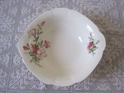 VINTAGE-PRETTY-ALFRED-MEAKIN-AZALEA-SERVING-BOWL