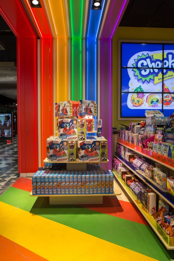Toymate toy store by Creative 9, Sydney – Australia » Retail Design Blog