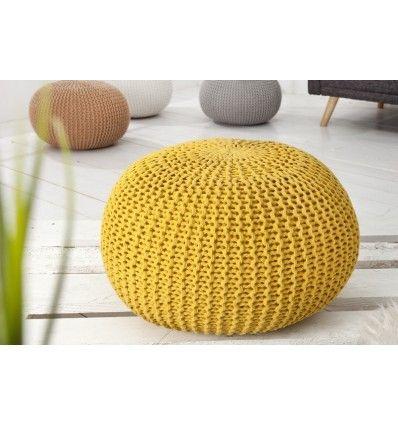 les 25 meilleures id es de la cat gorie pouf jaune sur pinterest fauteuil togo coussin jaune. Black Bedroom Furniture Sets. Home Design Ideas