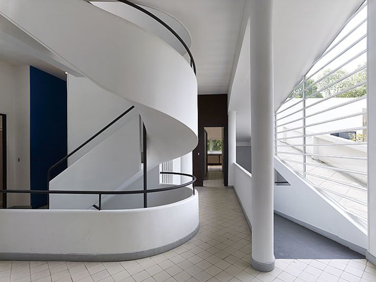 Le Corbusier, Cemal Emden · Villa Savoye · Divisare