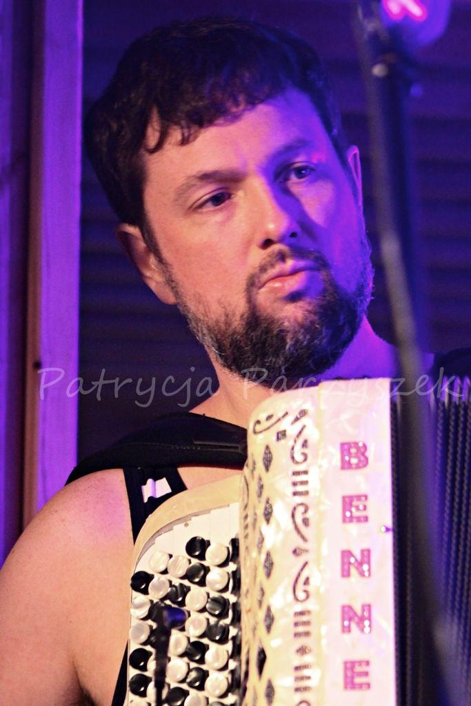 Koncert Czesław Śpiewa  Warszawa, 14.06.2014r #martin #live #music #photography #pic #photo #concert #muzyka #koncert #warszawa #warsaw #stacjamercedes #mercedes #powisle #warszawapowisle #czeslawspiewa #akordeon