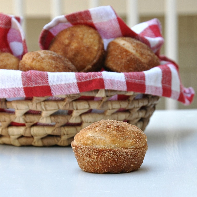 Cinnamon-Sugar Doughnut Muffins: Muffins, coffee cake, cinnamon, sugar ...