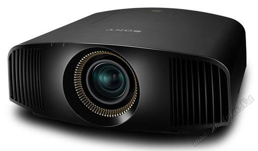 #teknoloji #ifa2014 #IFA #sinema #projektör #sonyVPLVW300ES #sony #4K Sony IFA'da4K VPL-VW300ES'i tanıttı.