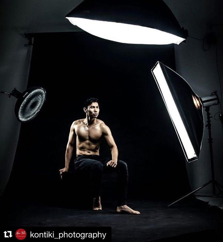 Behind the scenes by @kontiki_photography :  From bts @van_pras09 #fashionphotographyappreciation #fashionphotography #fashion #iso1200 #famousbtsmag #great_capture_people #portraitphotography #photographerbandung #photographerindonesia #broncolor #photographer #bts #photooftheday #photography #model