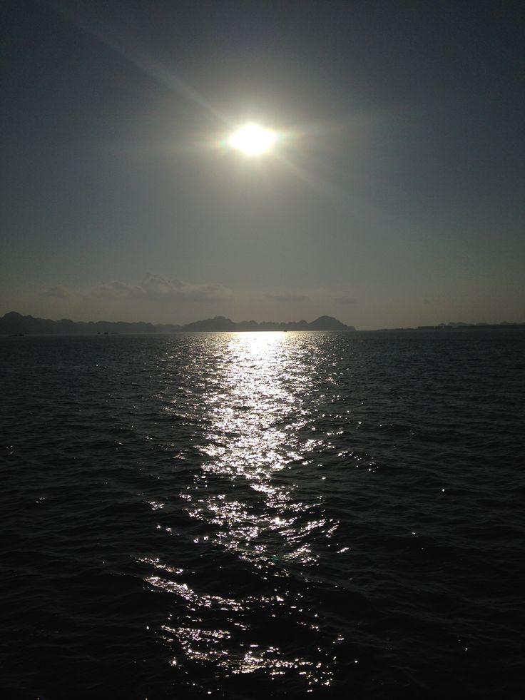 #hanoi sunset in Ha Long Bay