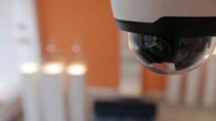 Πώς να προστατευτείτε με κάμερες και συστήματα ασφαλείας