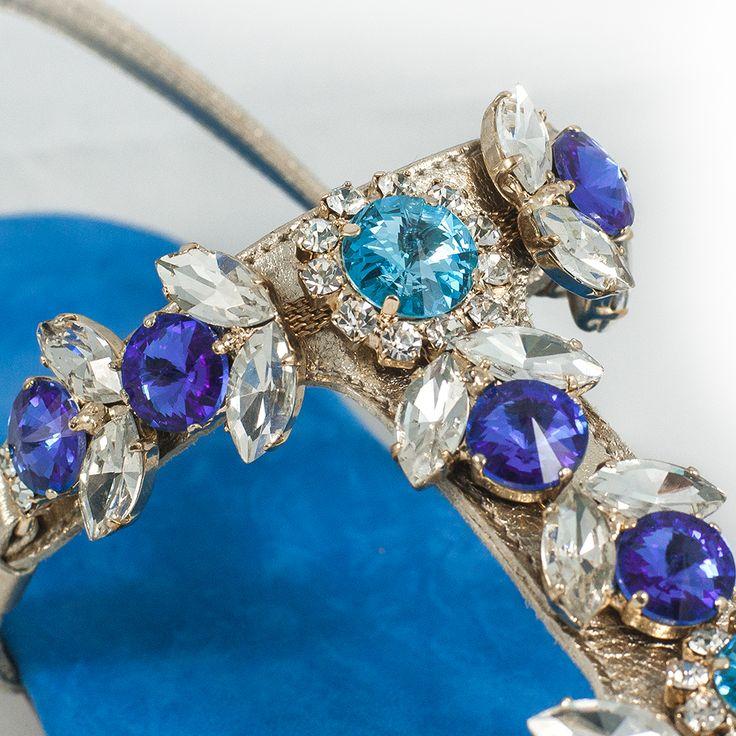 ⊰⊰ Tutte le sfumature del blu nel modello della collezione Diamond. #Zaffiro è realizzato con tomaia in pelle laminata, fodera in pelle, sottopiede in capra scamosciata e decorazioni in pietre Swarovski. ⊱⊱ #fashion #style #stylish #love #me #cute #photooftheday #beauty #beautiful #instagood #instafashion #pretty #girly #girl #girls #dress #skirt #shoes #styles #outfit #purse #jewelry #shopping