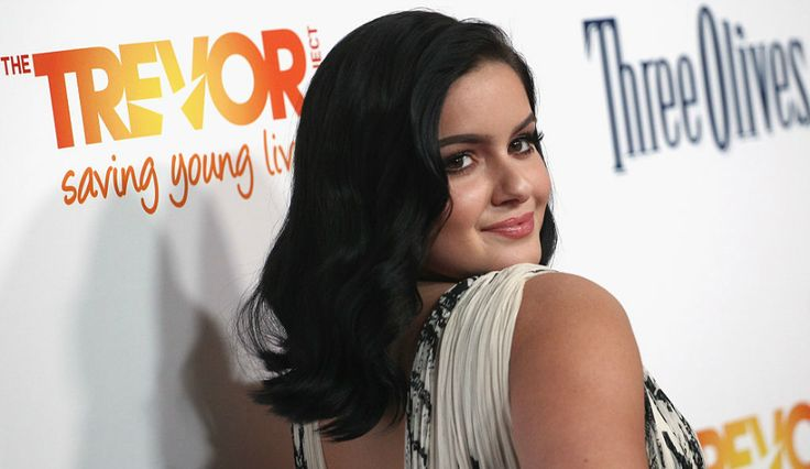 Ariel Winter Takes The Plunge In A Series Of New Outfits