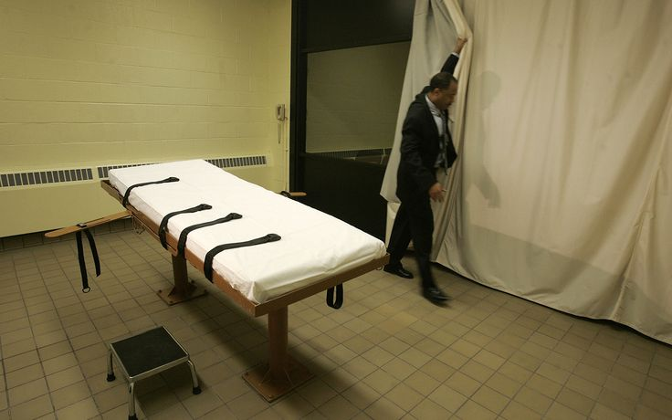 Autopsy after Okla. botched execution shows IV wasn't inserted correctly | Al Jazeera America