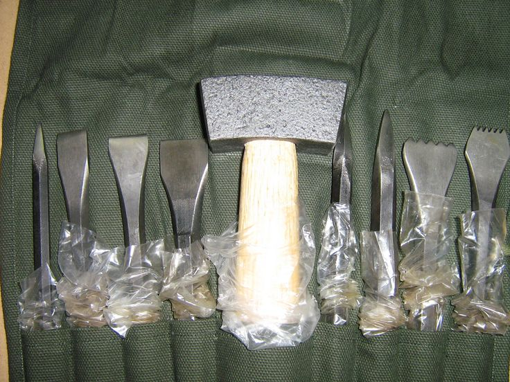 9 pieces stone carving chisels with well balanced mallet.