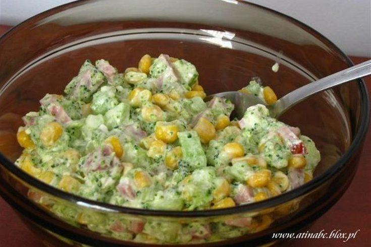 Sałatka z brokułem i fetą - PRZEPIS