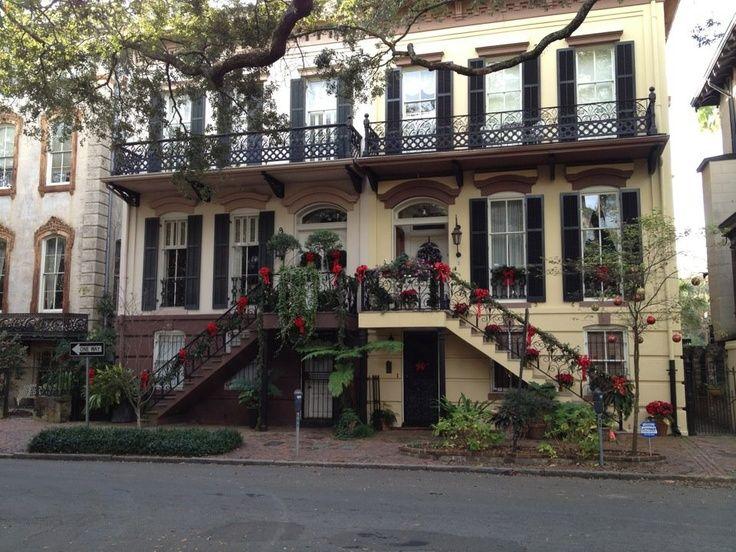 300 best travel savannah ga images on pinterest for Historic houses in savannah ga