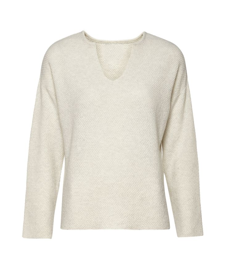 Creamy top EL GAUCHO from B SIDES LA AMERICANA collection (100% fine merino wool) #bsideshandmade #basiachrabolowska #sustainableknitwear