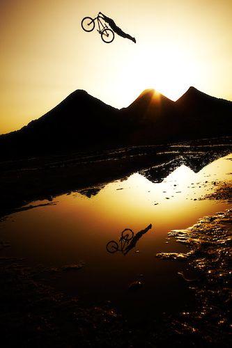 Superman and his BMX bike... #cycling #bmxing #bikeroar