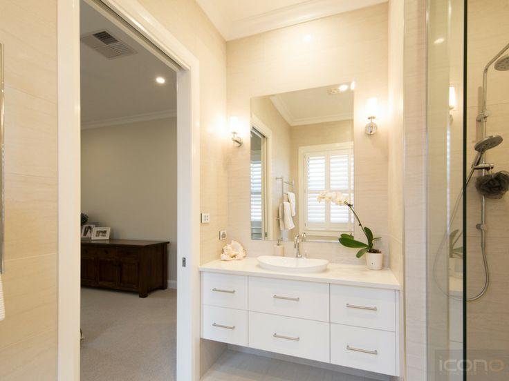 Main bedroom En-suite! #masterbedroom #ensuite #bathroom #Australianhomes  #iconobuildingdesign
