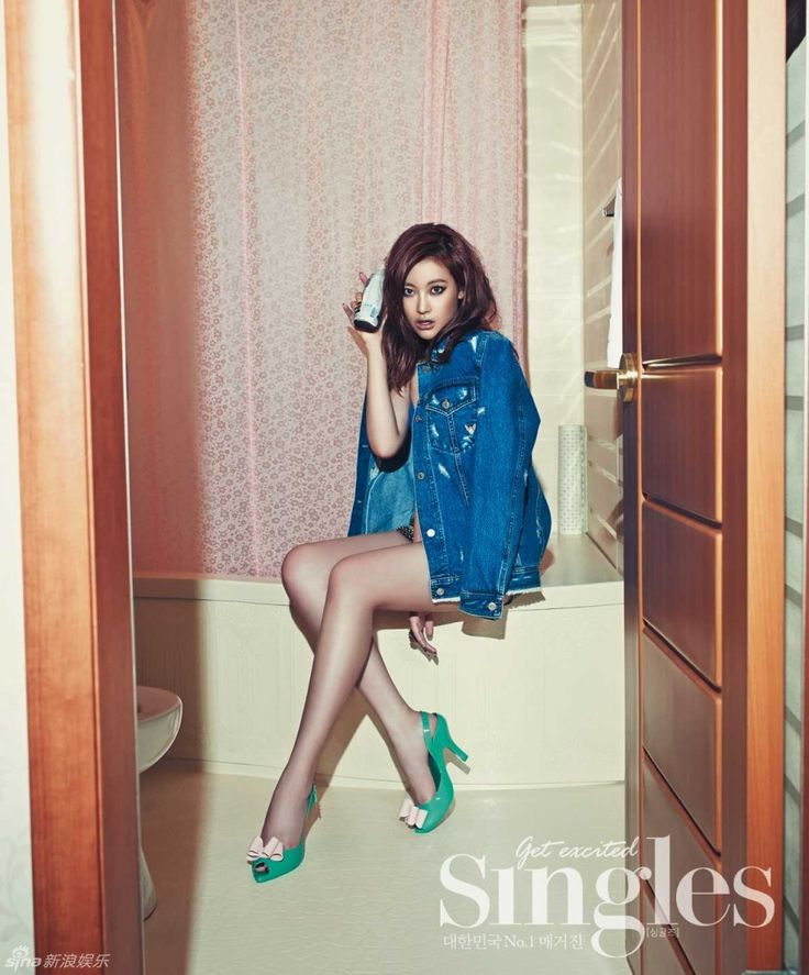 Oh Yeon-seo - Singles Korea - July 2013