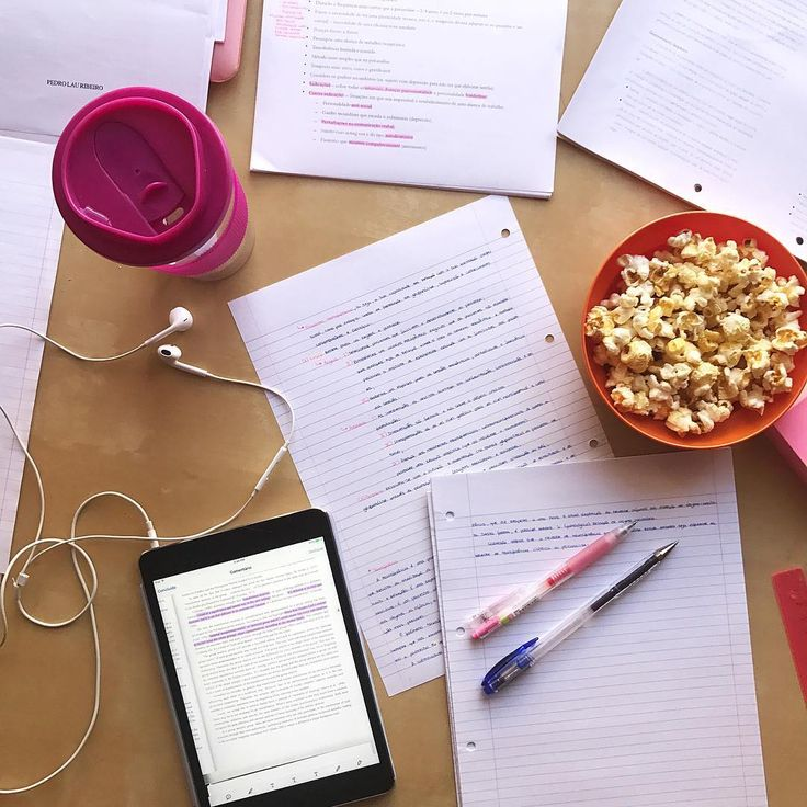 I'm so tired of exams �� I failed two exams so in less than 2 weeks I have to repeat them �� #exams #finals #psychology #psychologystudent #student #college #unilife #university #studytime #studying #mastersdegree #popcorn #ipad #handwritten #handwriting #notes #studynotes #studygram http://butimag.com/ipost/1555178890862704657/?code=BWVGvYoDrgR