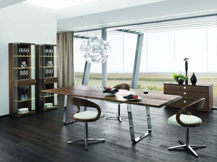 Nox - jídelní stůl s chromovou podnoží / dining room