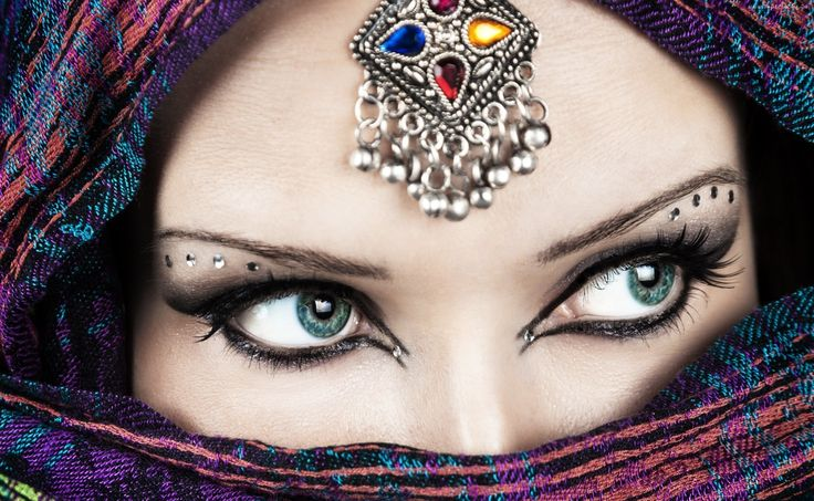 Kobieta, Makijaż, Szal, Biżuteria