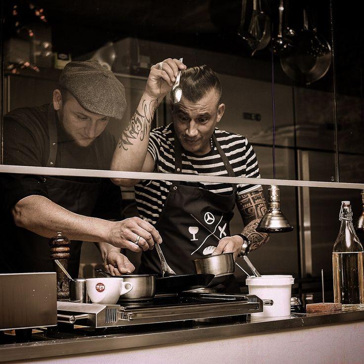 Das Restaurant Lila Nashorn in Hamburg Ottensen bietet eine hervorragende international inspirierte Küche, zubereitet aus regionalen Produkten.