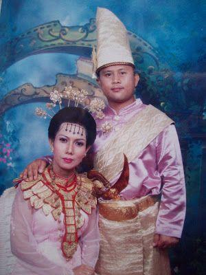 Bolaang Mongondow wedding costume, North Sulawesi