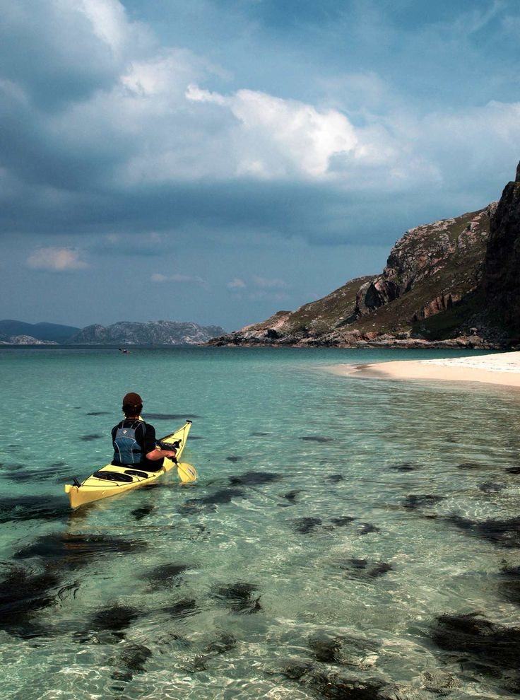 Clearwater Paddling - Barra - Sea kayaking adventures in the Hebrides & west coast of Scotland. The UK's finest paddling holidays suitable for beginners, to expeditions for experienced kayakers.