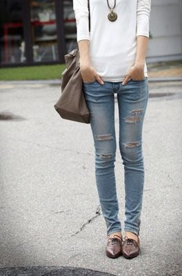 Oxford and Tattered Jeans!! what a street smart outfit