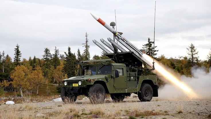 NASAMS - Det er rakettar av denne typen Kongsberg Gruppen skal selje til Oman. Luftvernsystemet er allereie teke i bruk av Noreg og USA. Miljøpartiet dei Grøne tek no til orde for å kansellere salet til diktaturet Oman. - Foto: Torbjørn Kjosvold / Forsvarets mediesenter / NTB scanpix