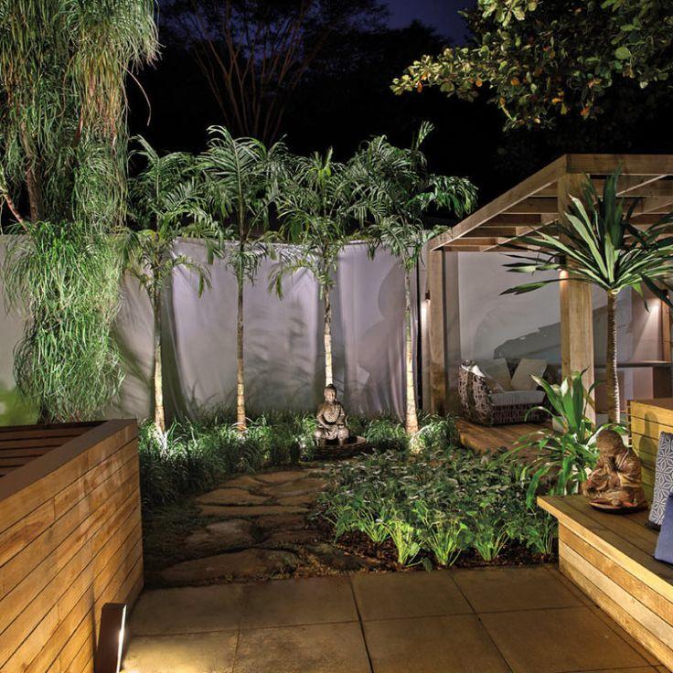 arquiteta Nathália Vitachi apresentam um jardim possível, com baixa