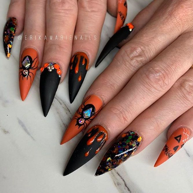 25 Love Nails Designs You Will Simply Adore Naildesignjournal Com Halloween Mani Cool Halloween In 2020 Halloween Nail Designs Skull Nails Halloween Acrylic Nails
