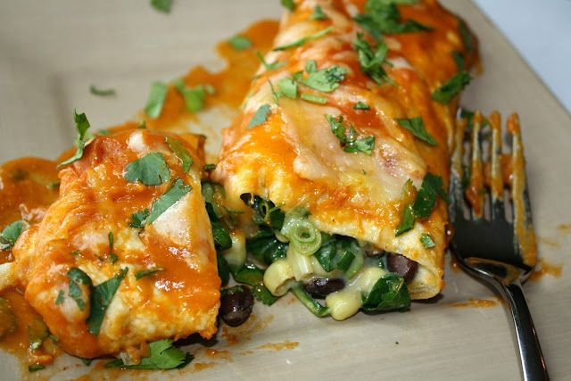 Black Bean & Spinach Enchiladas. A quick and delightful meal. This awesome dish is vegetarian, vegan (just use vegan cheese), and gluten free (use gf tortillas). And hey, we are soon coming out with FoodSniffr Food lists for vegans, vegetarian, gluten free...