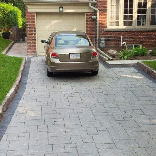 driveway Unilock thornbury with copthorn boarder