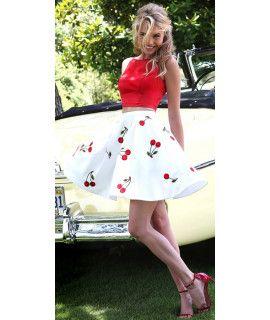 Lavishing White And Red Crepe Skirt.