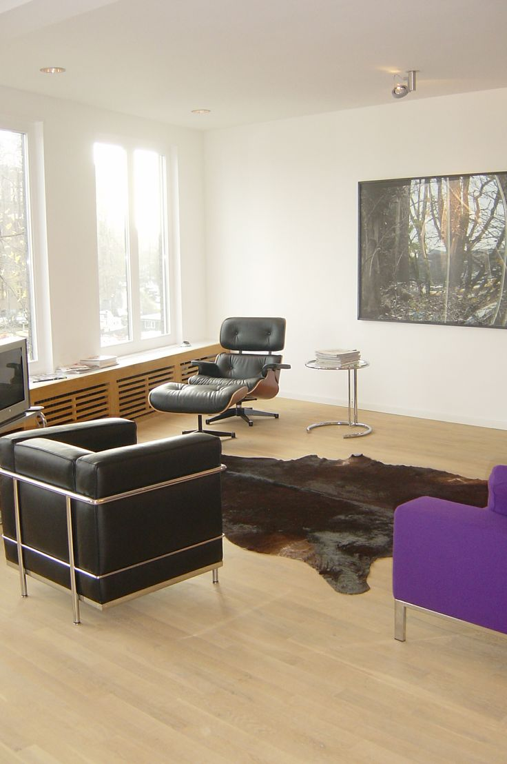 Eames Lounge chair and LC3