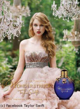 PHOTO - Taylor Swift en princesse : elle dévoile la pub de son premier parfum
