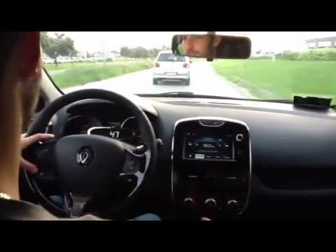 Testi drive Clio 4 con Lucrezia e NIcola