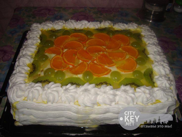 Торт желейный сбисквитом
