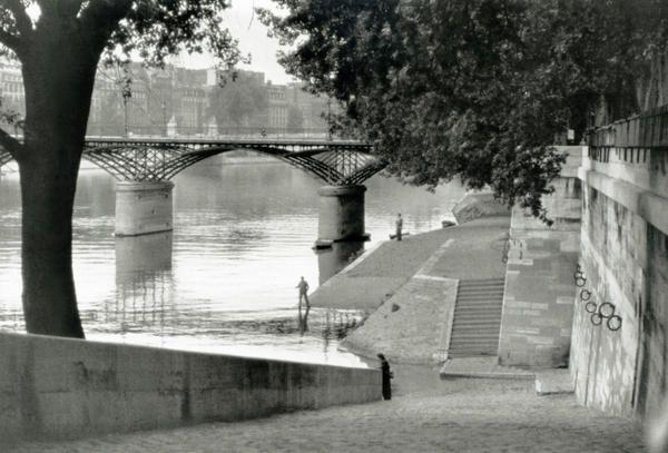 Henri Cartier-Bresson. Pont des Arts 1955