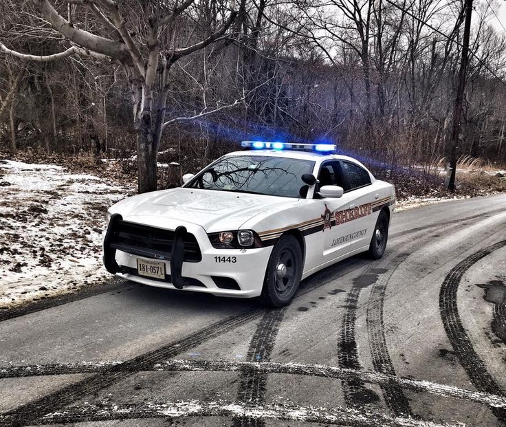 Loudoun County, Virginia, Loudoun County Sheriff's Department Dodge Charger sedan.
